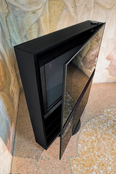 Mirage TV-stand by Reflex