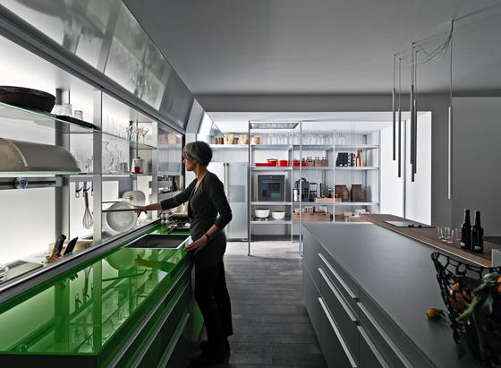 New Logica System Invitrum verde prato di Valcucine
