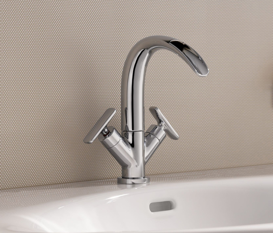 Curveprime | Sidelever one-hole basin mixer by Laufen