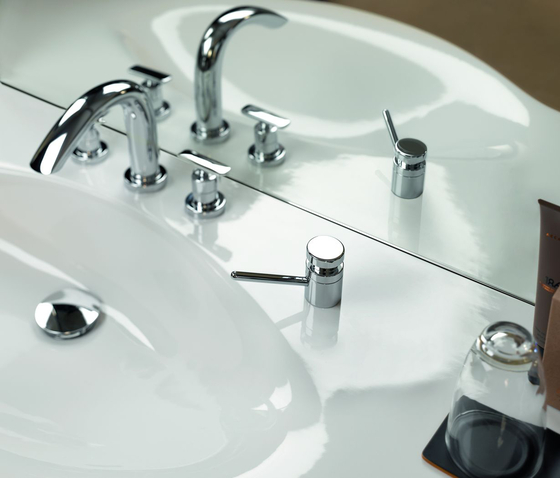 Curveprime | Thermostatic bath mixer di Laufen