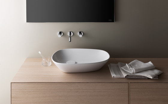 Palomba Collection | Countertop washbasin by Laufen