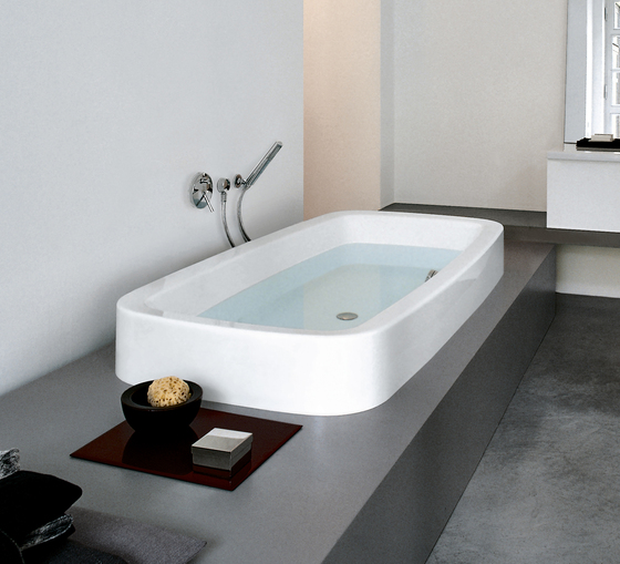 Palomba Collection | Bathtub by Laufen