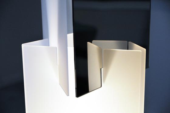Infini H451 floor lamp by Dix Heures Dix