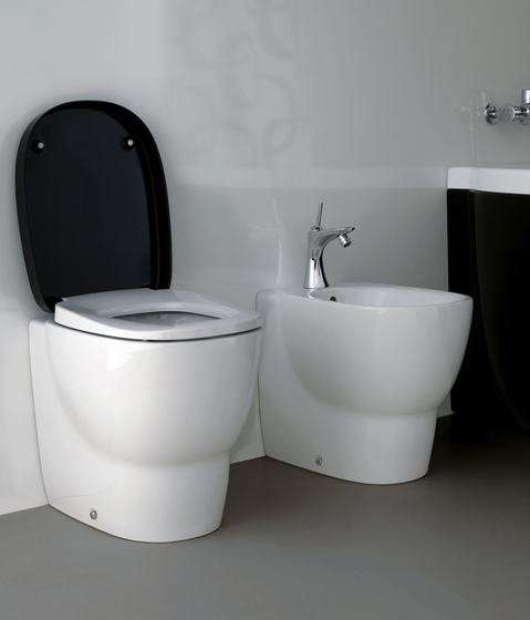 Mimo | Wall-hung WC by Laufen