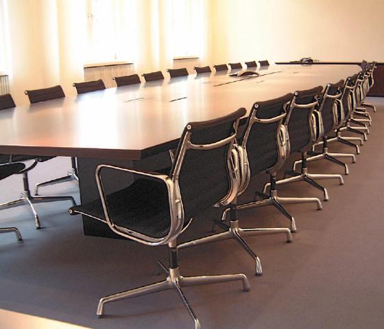 Confer Konferenztisch by Euskirchen