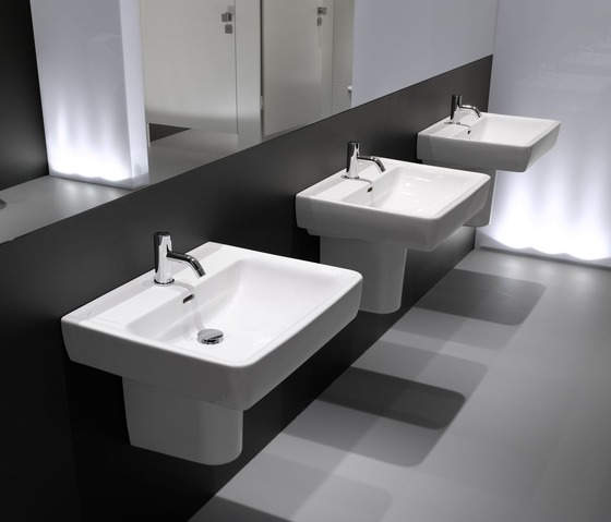 laufen pro a washbasin undersurface ground wash basins by laufen architonic. Black Bedroom Furniture Sets. Home Design Ideas