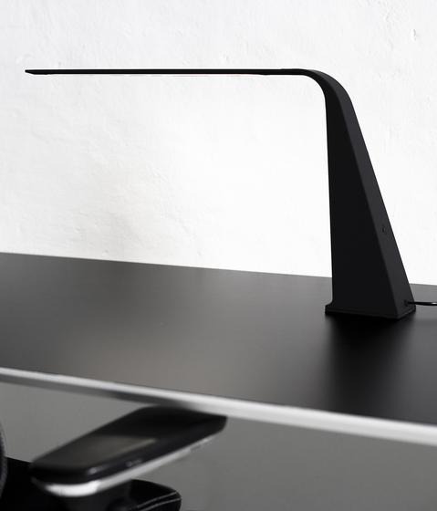 Kiwi Table von ateljé Lyktan