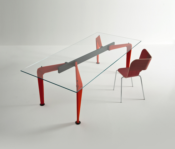 Asymmetrical Table 90 * de Colé