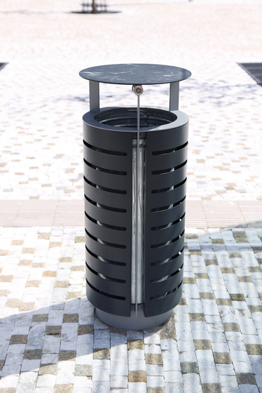 diagonal Litter bin by mmcité