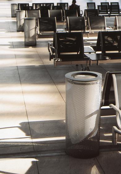 aeroporto Litter bin by mmcité