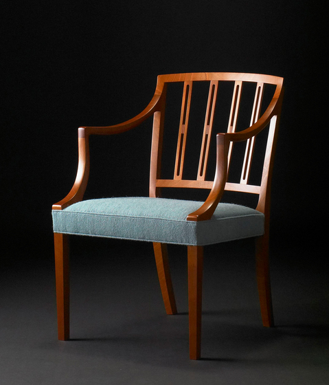 JK-06 Arm Chair di Kitani Japan Inc.