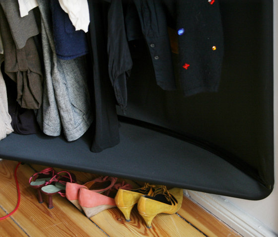 Spiegelzimmer by Tom Kühne