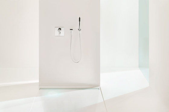 TECEdrainline shower channels glass schwarz de TECE