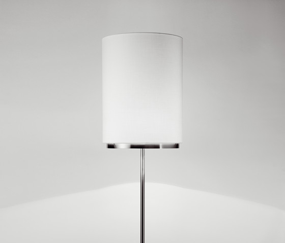 miris P-3118 floor lamp by Estiluz