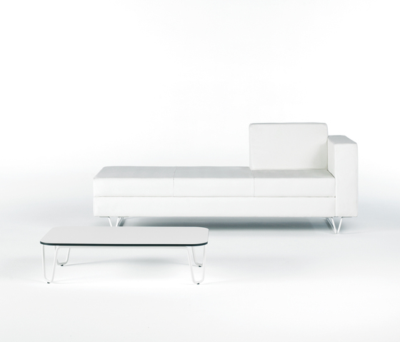 MIZAR table by Ofita
