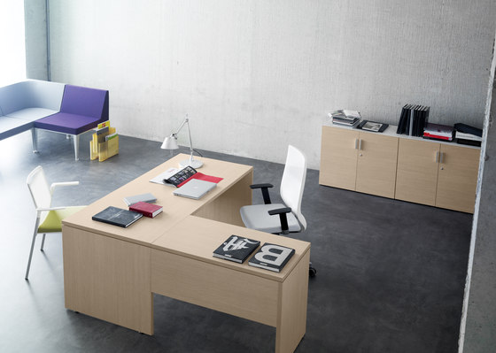 Blok table by Forma 5