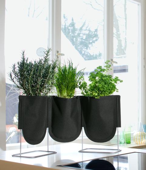 URBAN GARDEN plant container by Authentics