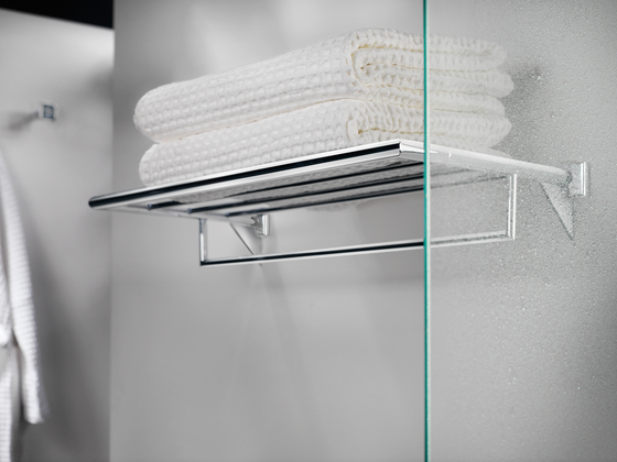 Kubic Class double towel bar by Pom d'Or