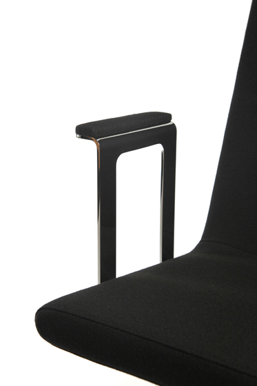 Basso XL with armrest by Inno