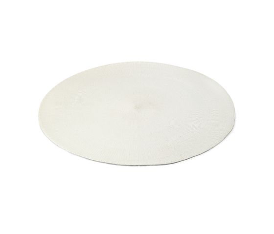 ROUND place mat by Authentics