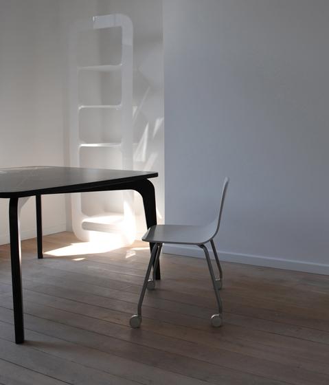 Y- Table by VANGE