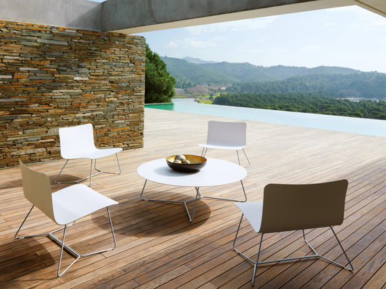 Slim Lounge Chair | Ottoman de Viteo