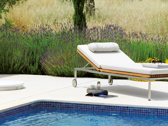Home Double Sunlounger by Viteo
