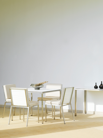Bandoline Lounge Dining Table de Viteo