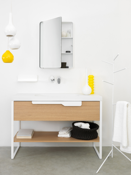 Flat Washstand by EX.T