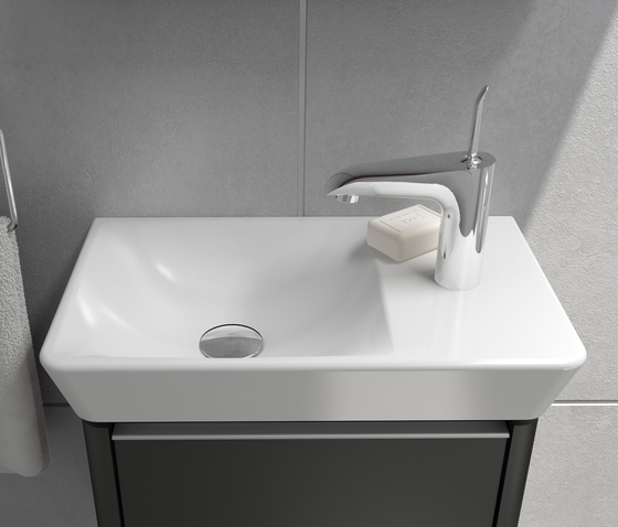 T4 Washbasin asymmetric, 80 cm di VitrA Bad