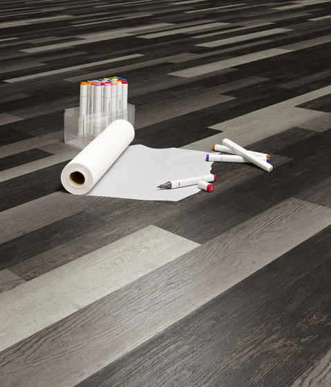 Expona Design - Grey Plywood Effect by objectflor
