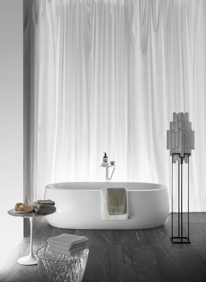 ILBAGNOALESSI One | Bathtub by Laufen