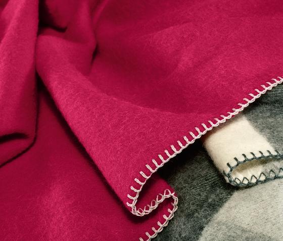 Alina blanket dahlie by Steiner