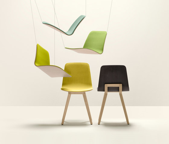 Kuskoa Lounge Chair by Alki