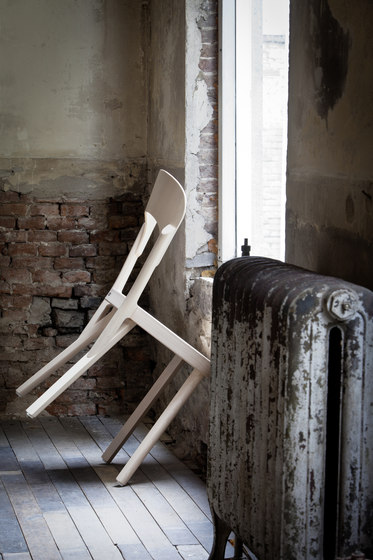 107 by Thonet