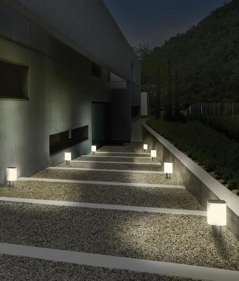 Tiny alma light producto for Balizas jardin