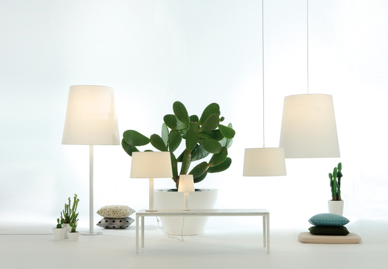 Cotton Floor lamp de Fambuena