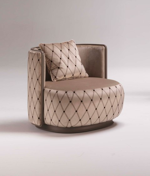 Kir Royal 6100 Armchair by F.LLi BOFFI