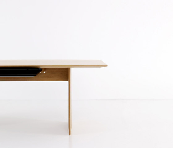 Falter table by more