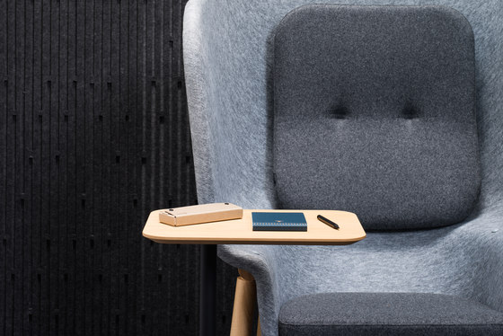 Pod Privacy Chair by De Vorm