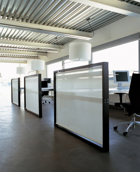 Aire Reception Desk with Screen by ARIDI