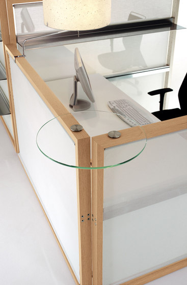 Aire Workstation by ARIDI