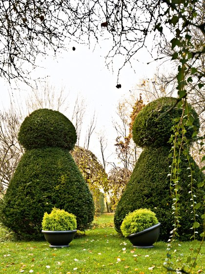 Kew by Serralunga