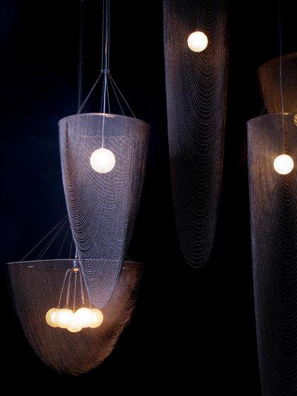 Circular Pod 150 Standing Lamp de Willowlamp