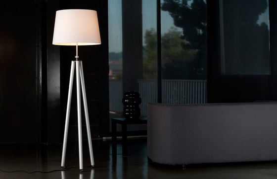 Macarena Floor lamp by Metalarte