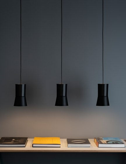 Sentry Pendant light by Metalarte