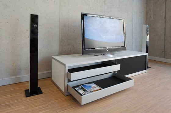 mediam bel multimedia sideboards von cham leon design architonic. Black Bedroom Furniture Sets. Home Design Ideas