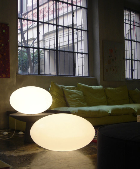 Eggy Pop in Floor | Table by Cph Lighting