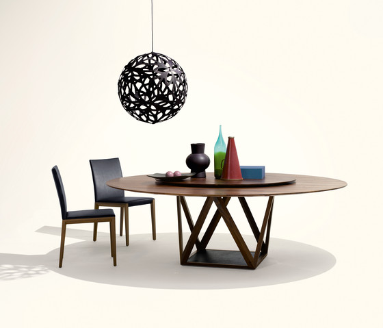 Tobu table di Walter Knoll