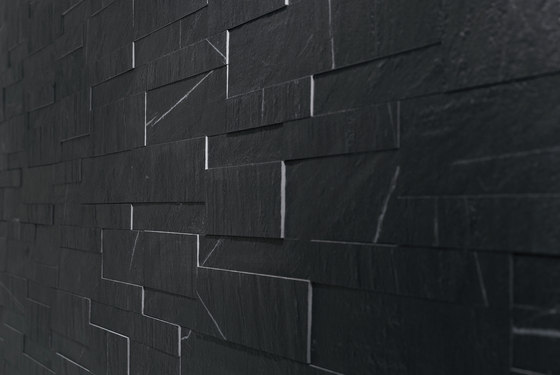 Pyrene Negro Mate Mosaic by INALCO